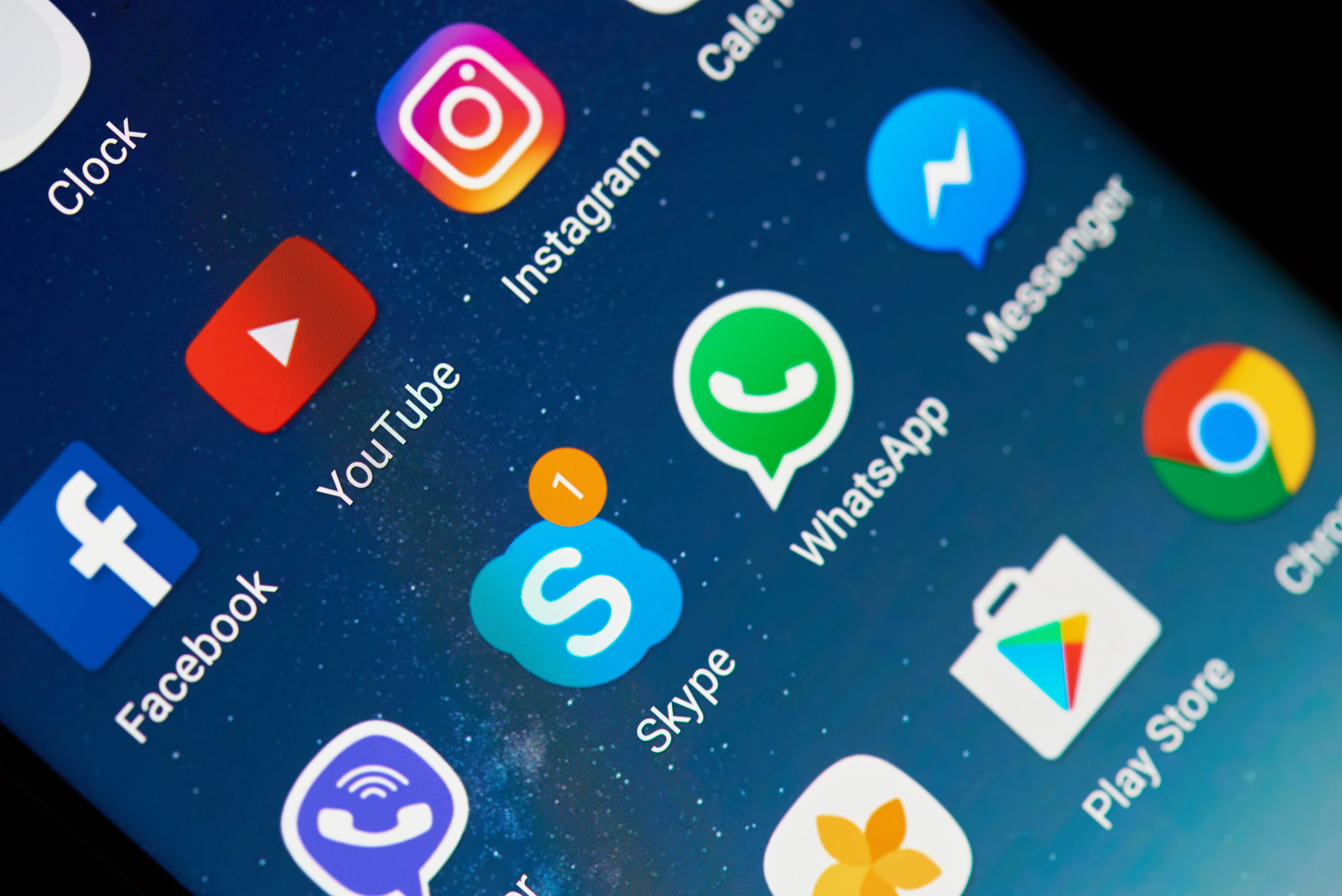 TOP APPS TO HAVE WHEN WORKING ON YOUR PHONE